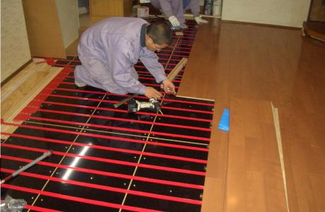 温水式床暖房 ヒートバリアフリー対応の自由設計