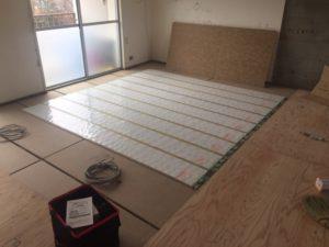 電気式床暖房 敷設後